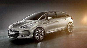 Citroen showcases DS5