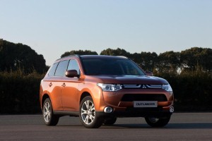 Mitsubishi Outlander returns with a bolder look