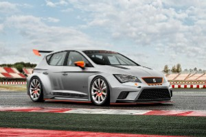 Searing SEAT Leon Cup Racer to attack Goodwood hill
