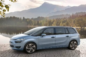 Citroen Grand C4 Picasso gets seven seats and very low CO2