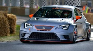 SEAT launches customer racing series