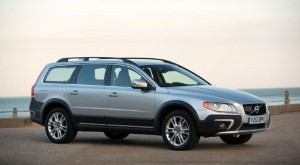 Volvo V70/XC70 bags gongs at the annual What Car? Survey awards