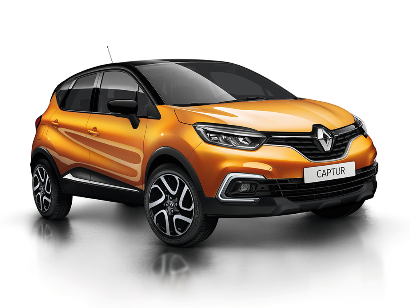 new renault captur 0 9 tce 90 iconic 5dr petrol hatchback for sale bristol street. Black Bedroom Furniture Sets. Home Design Ideas