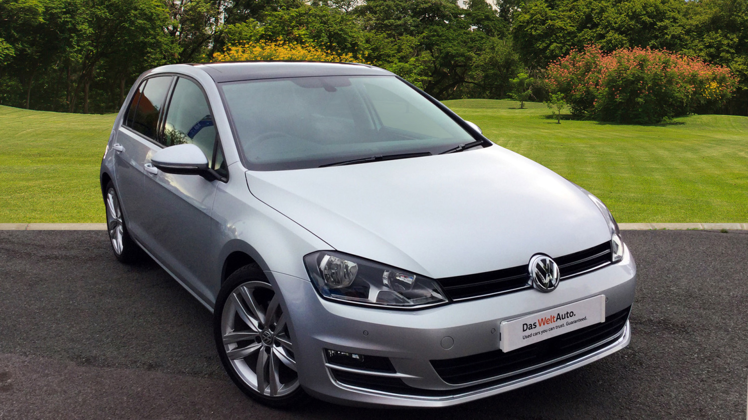 used volkswagen golf 1 4 tsi 150 gt edition 5dr dsg petrol hatchback for sale bristol street. Black Bedroom Furniture Sets. Home Design Ideas