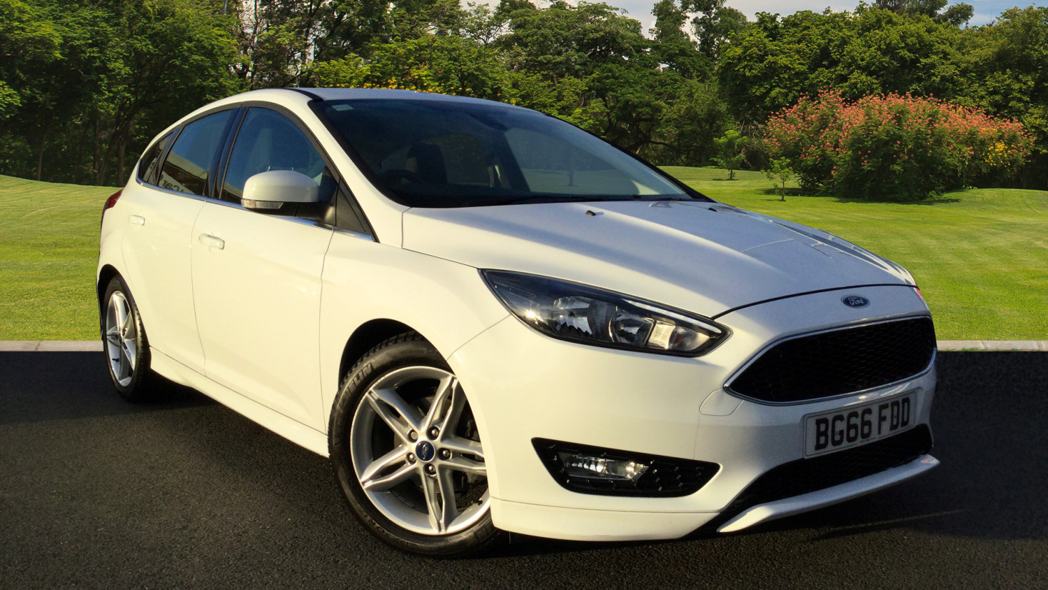 used ford focus 1 0 ecoboost 125 zetec s 5dr petrol hatchback for sale bristol street motors. Black Bedroom Furniture Sets. Home Design Ideas