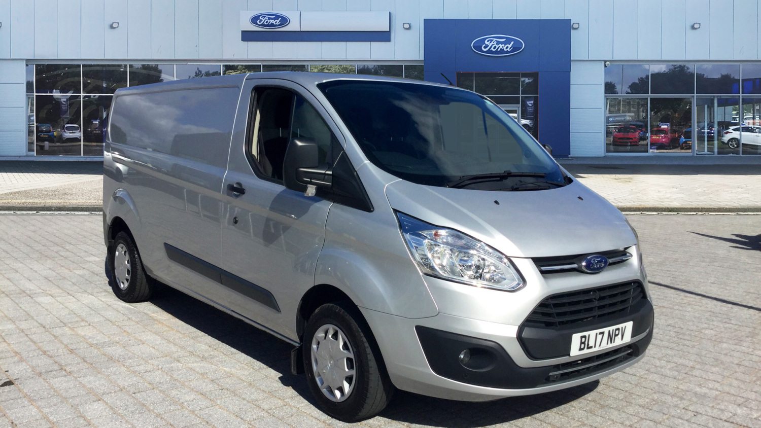 3e92562b46 Used Ford Transit Custom 290 Lwb Diesel Fwd 2.0 TDCi 130ps Low Roof Trend Van  for Sale