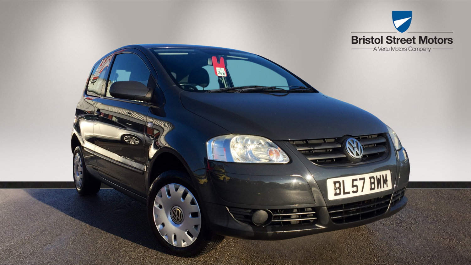 Used volkswagen fox 1 2 urban fox 3dr petrol hatchback for for Fox motors used cars