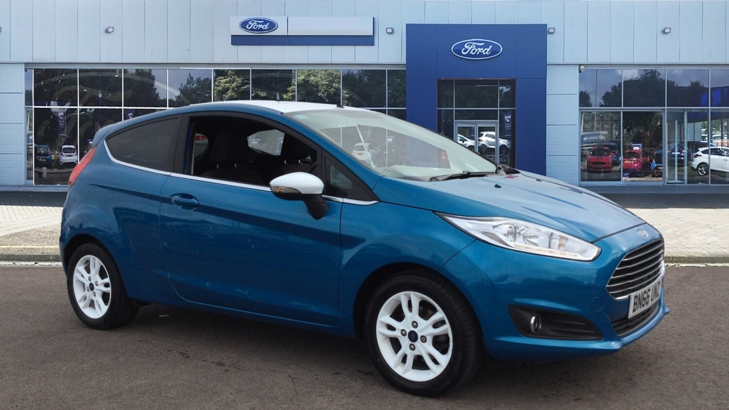 used ford fiesta 1 0 ecoboost zetec blue 3dr petrol hatchback for sale bristol street motors. Black Bedroom Furniture Sets. Home Design Ideas