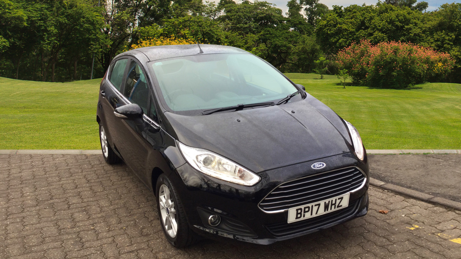 used ford fiesta 1 0 ecoboost zetec navigation 5dr petrol hatchback for sale bristol street motors. Black Bedroom Furniture Sets. Home Design Ideas