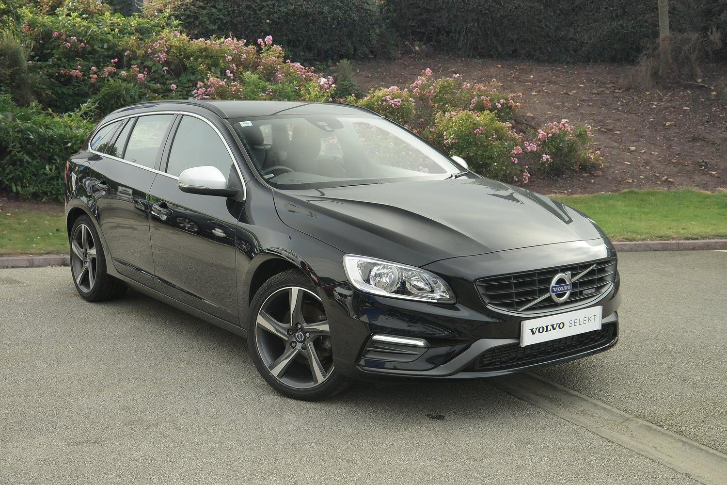 used volvo v60 d4 181 r design 5dr diesel estate for sale bristol street motors. Black Bedroom Furniture Sets. Home Design Ideas