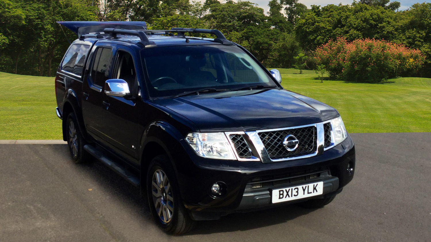 used nissan navara diesel double cab pick up outlaw 3 0dci v6 231 4wd auto for sale bristol. Black Bedroom Furniture Sets. Home Design Ideas