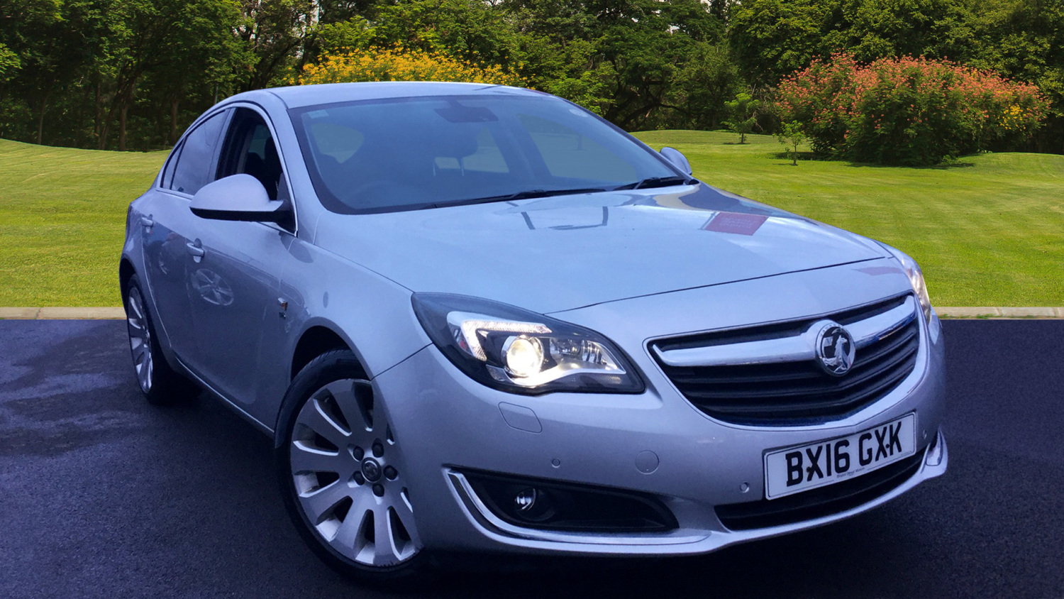 used vauxhall insignia 2 0 cdti 170 elite nav 5dr auto diesel hatchback for sale bristol. Black Bedroom Furniture Sets. Home Design Ideas
