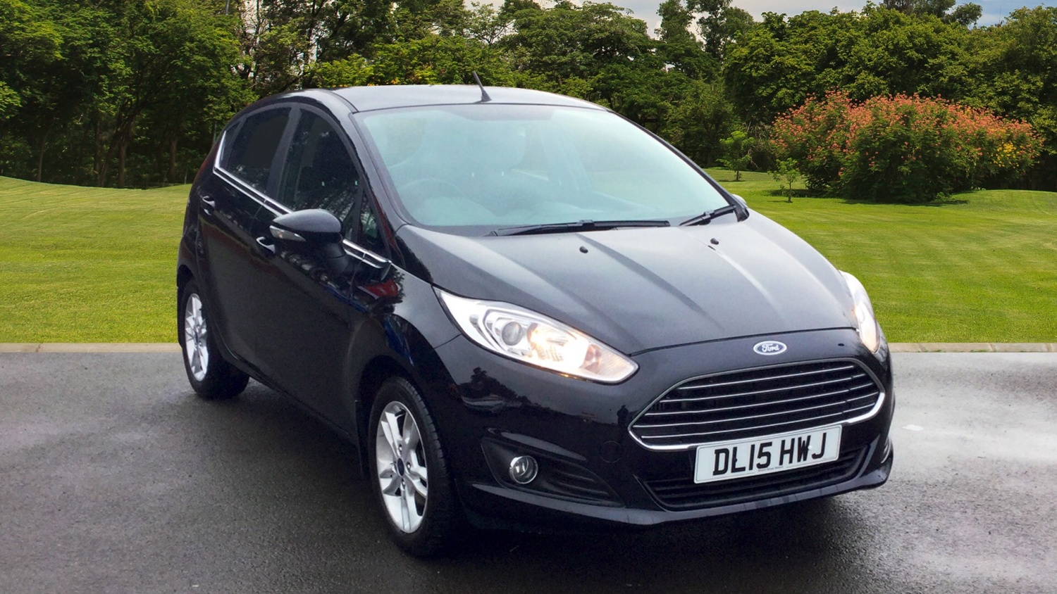 used ford fiesta 1 0 ecoboost zetec 5dr petrol hatchback. Black Bedroom Furniture Sets. Home Design Ideas