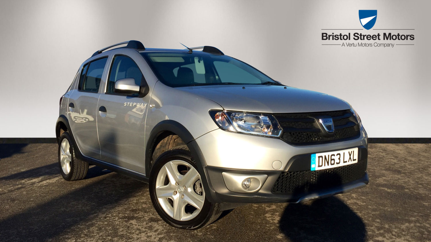 used dacia sandero stepway 0 9 tce ambiance 5dr petrol hatchback for sale bristol street motors. Black Bedroom Furniture Sets. Home Design Ideas