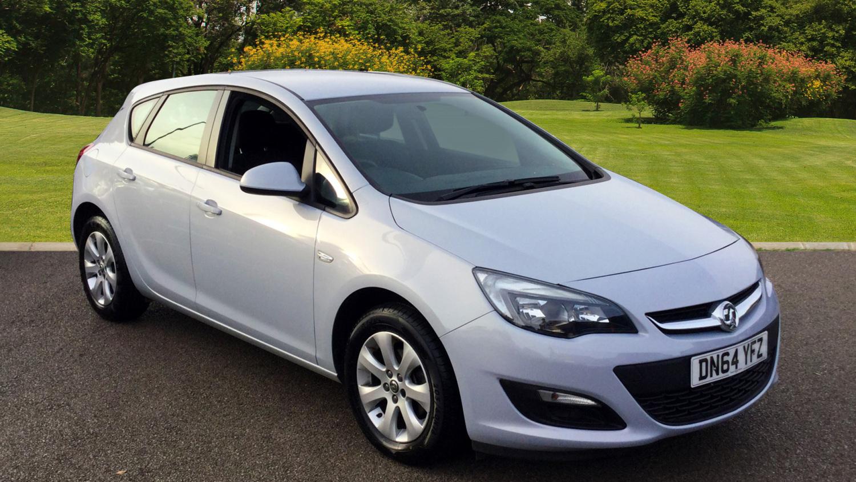 Buy Online Vauxhall Astra 1 6i 16v Design 5dr Petrol