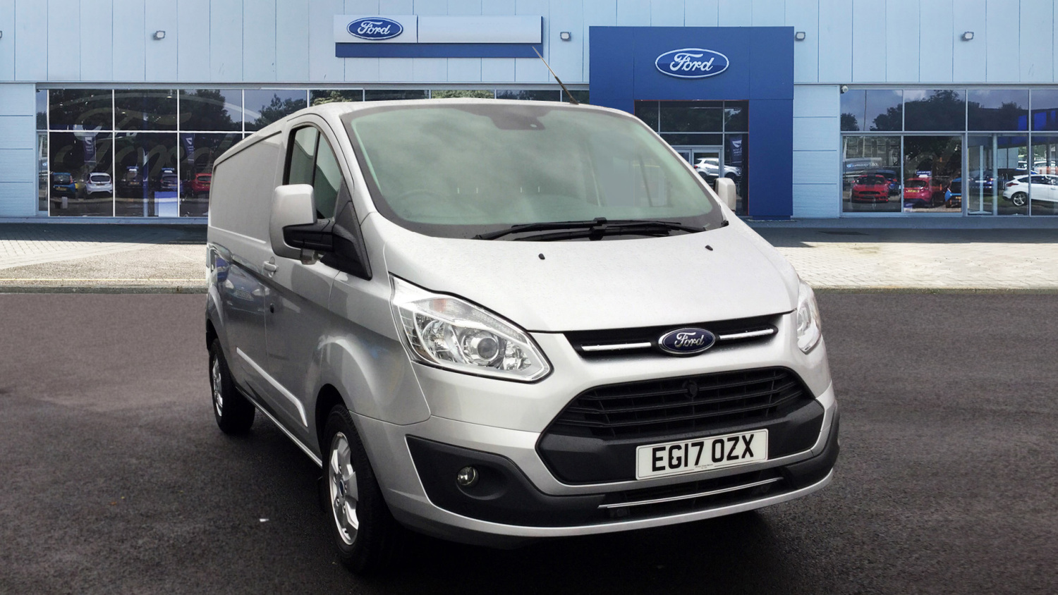 d87e193087 Used Ford Transit Custom 290 Lwb Diesel Fwd 2.0 TDCi 130ps Low Roof Limited Van  for Sale