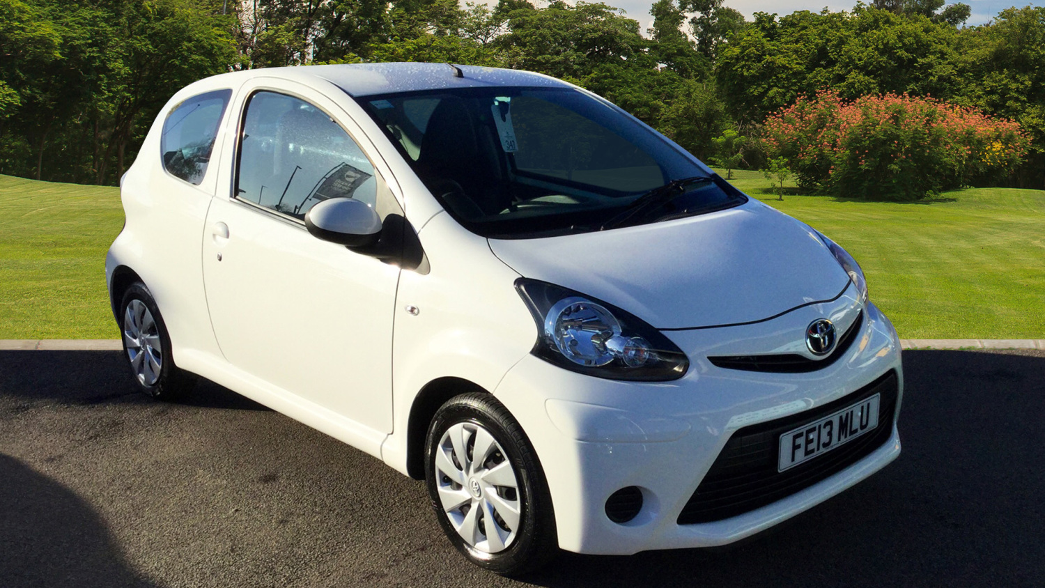 used toyota aygo 1 0 vvt i ice 3dr petrol hatchback for. Black Bedroom Furniture Sets. Home Design Ideas