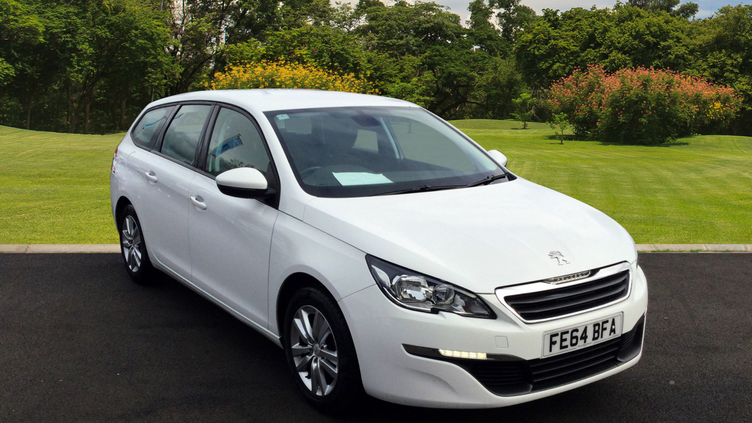 used peugeot 308 1 2 puretech 110 active 5dr petrol estate. Black Bedroom Furniture Sets. Home Design Ideas