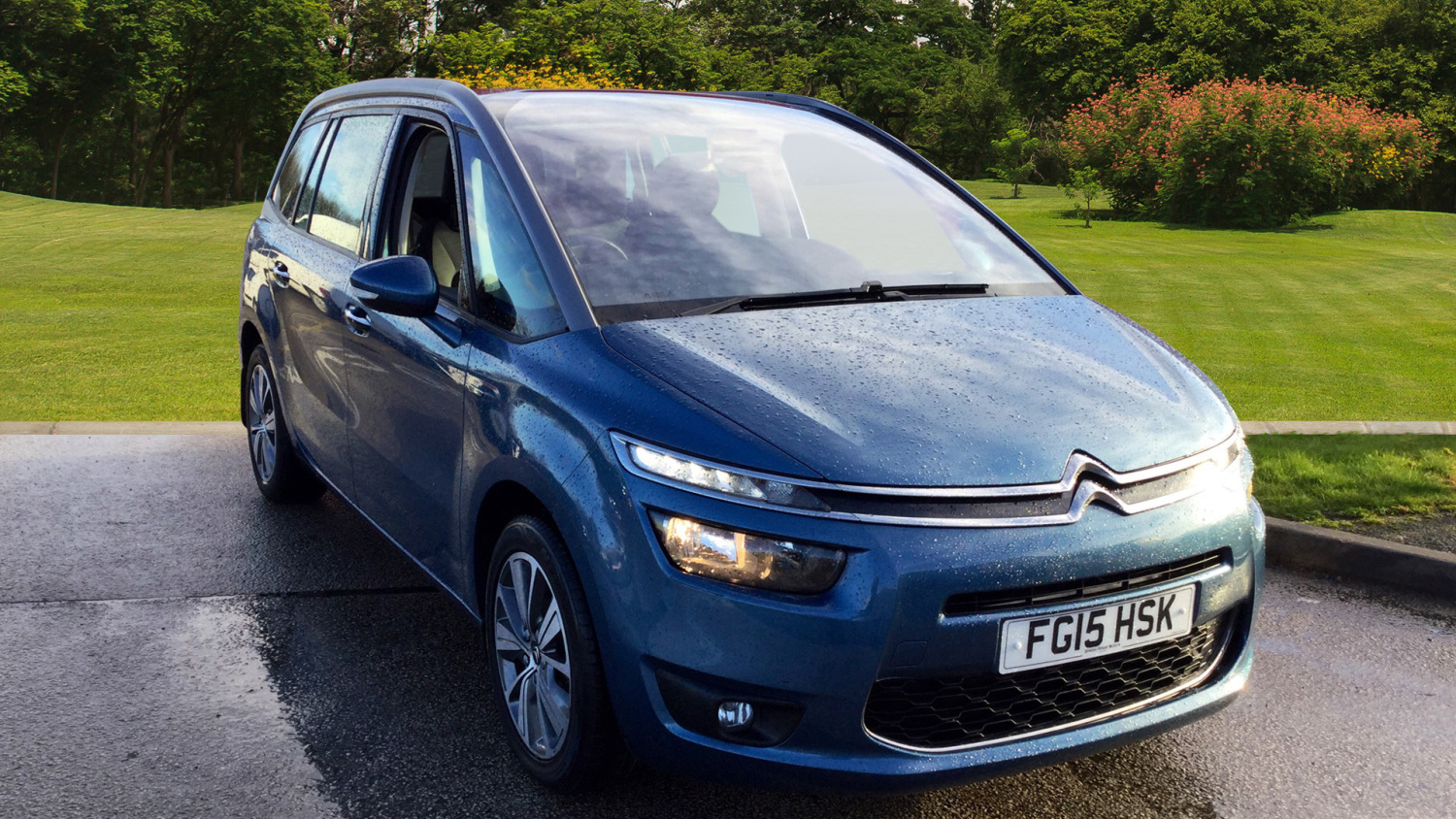 used citroen grand c4 picasso 2 0 bluehdi exclusive 5dr eat6 diesel estate for sale bristol. Black Bedroom Furniture Sets. Home Design Ideas