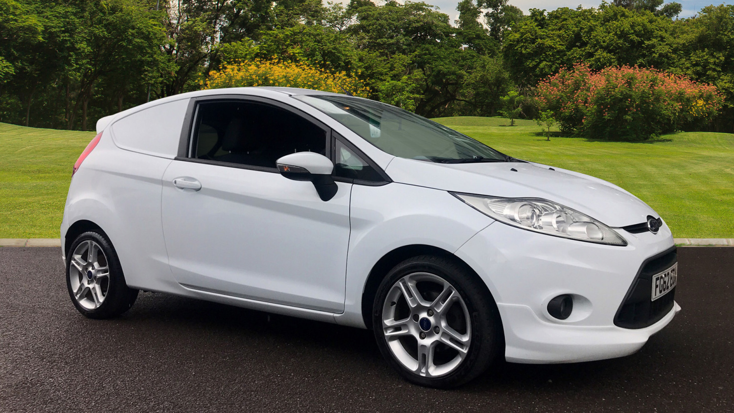 2e69499a3a6a22 Used Ford Fiesta Diesel 1.6 TDCi 95 Sport Van for Sale
