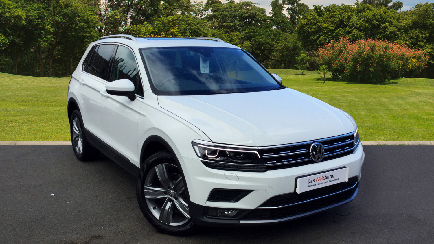 used volkswagen tiguan 2 0 tdi bmt 150 4motion sel 5dr dsg diesel estate for sale bristol. Black Bedroom Furniture Sets. Home Design Ideas
