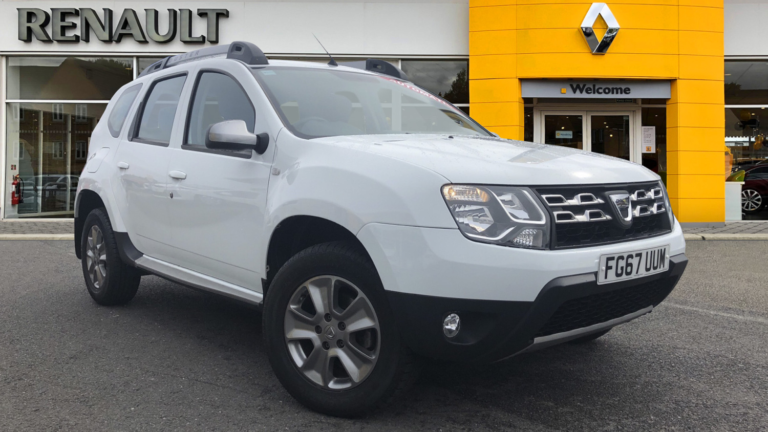 used dacia duster 1 5 dci 110 laureate 5dr auto diesel. Black Bedroom Furniture Sets. Home Design Ideas
