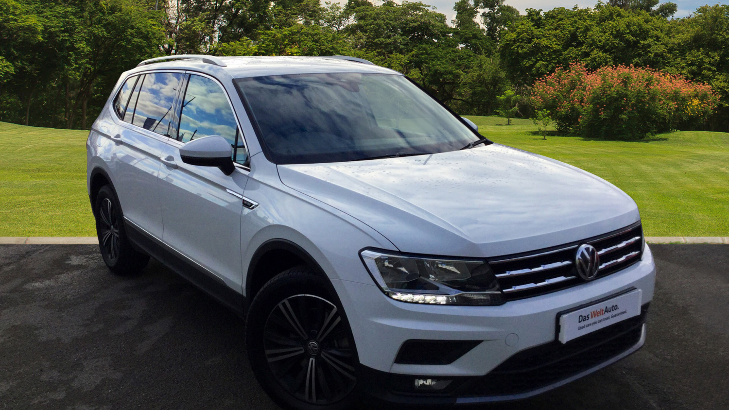 used volkswagen tiguan allspace 2 0 tdi 4motion se nav 5dr. Black Bedroom Furniture Sets. Home Design Ideas