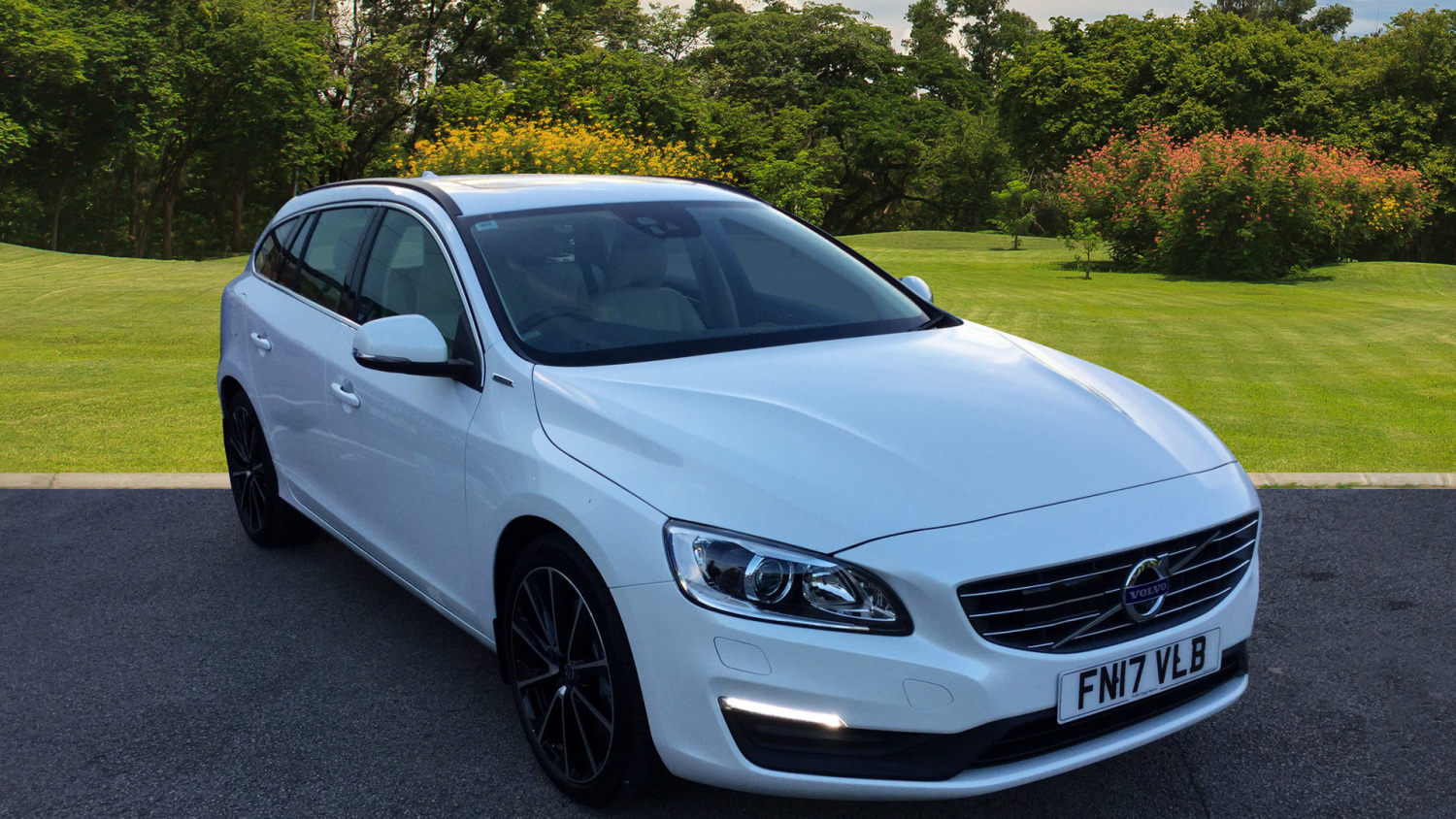 used volvo v60 d5 163 twin eng se nav 5dr awd geartronic. Black Bedroom Furniture Sets. Home Design Ideas