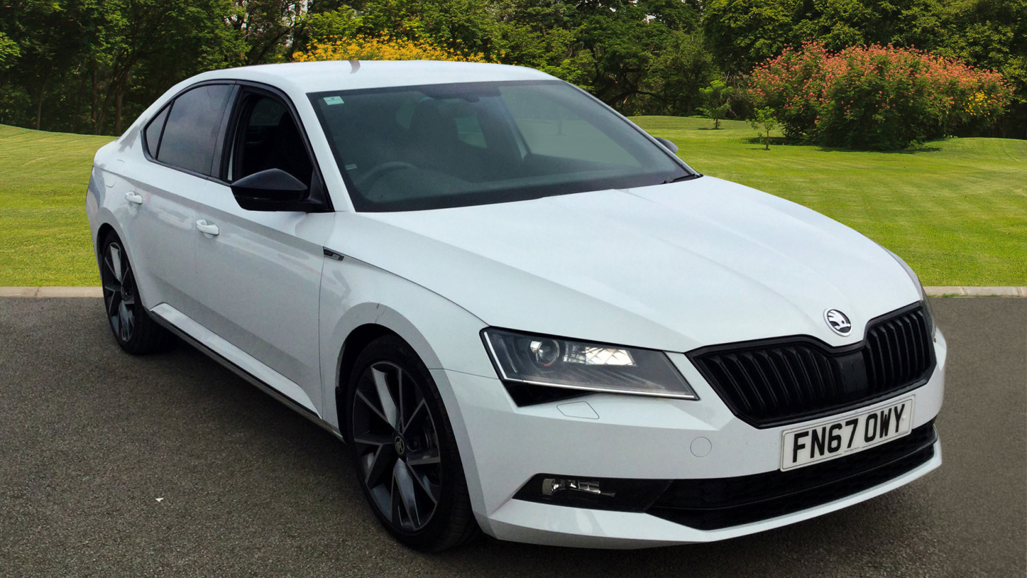 used skoda superb 2 0 tdi cr 190 sport line 4x4 5dr dsg. Black Bedroom Furniture Sets. Home Design Ideas