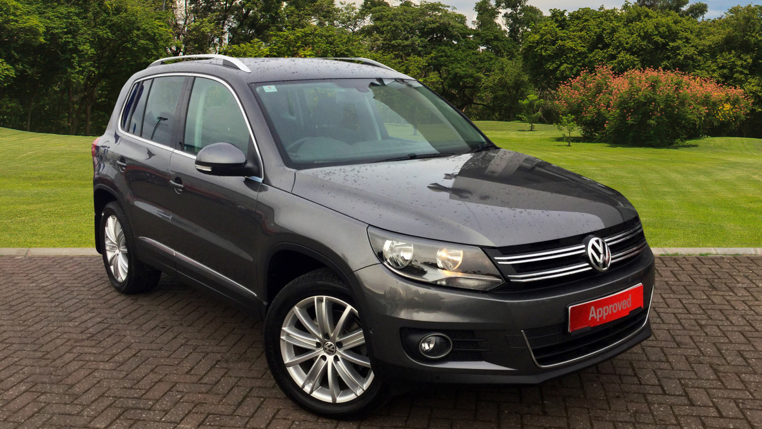 used volkswagen tiguan 2 0 tdi bluemotion tech match edition 150 5dr dsg diesel estate for sale. Black Bedroom Furniture Sets. Home Design Ideas
