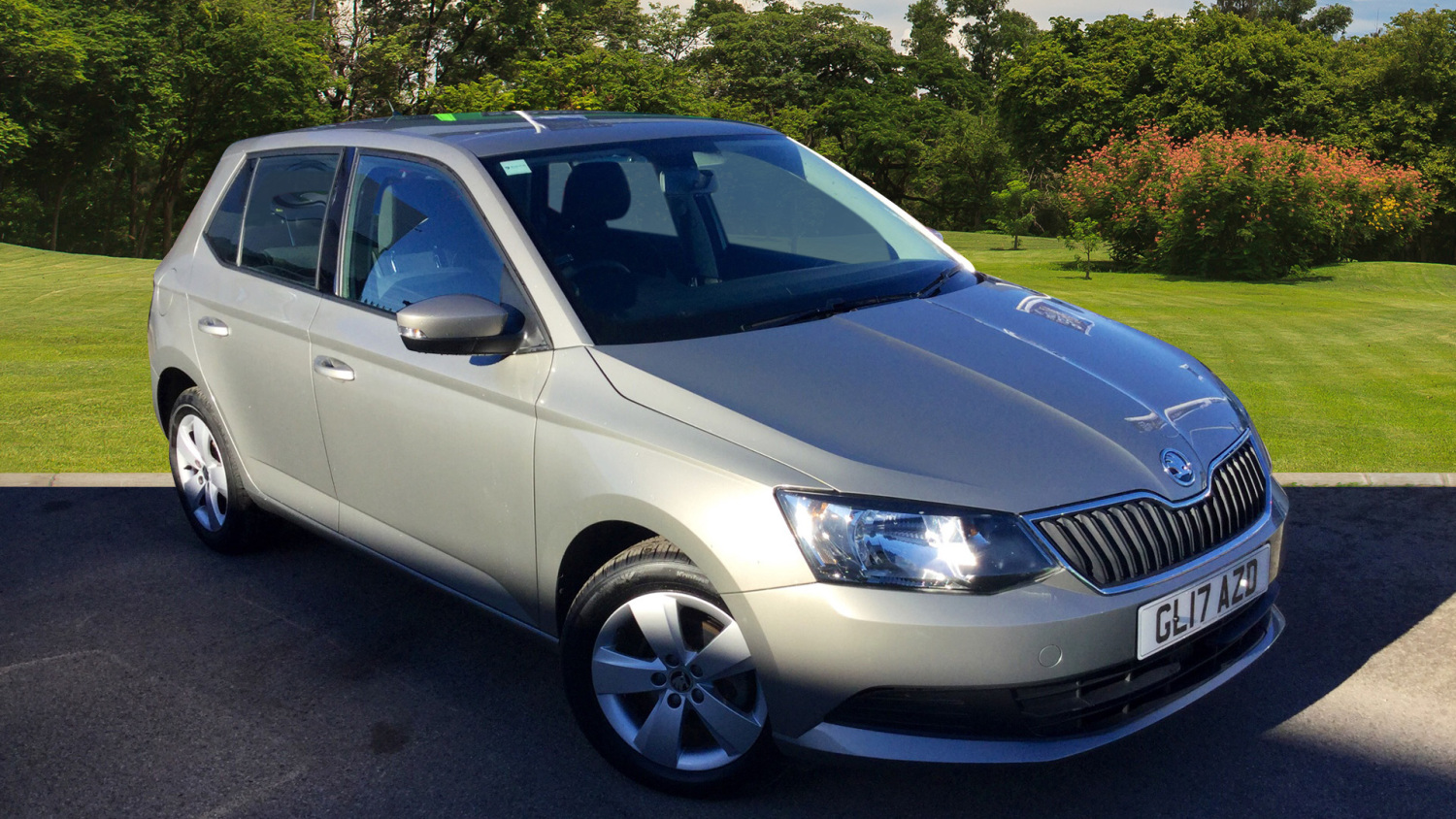 used skoda fabia 1 2 tsi 90 se 5dr petrol hatchback for sale bristol street motors. Black Bedroom Furniture Sets. Home Design Ideas