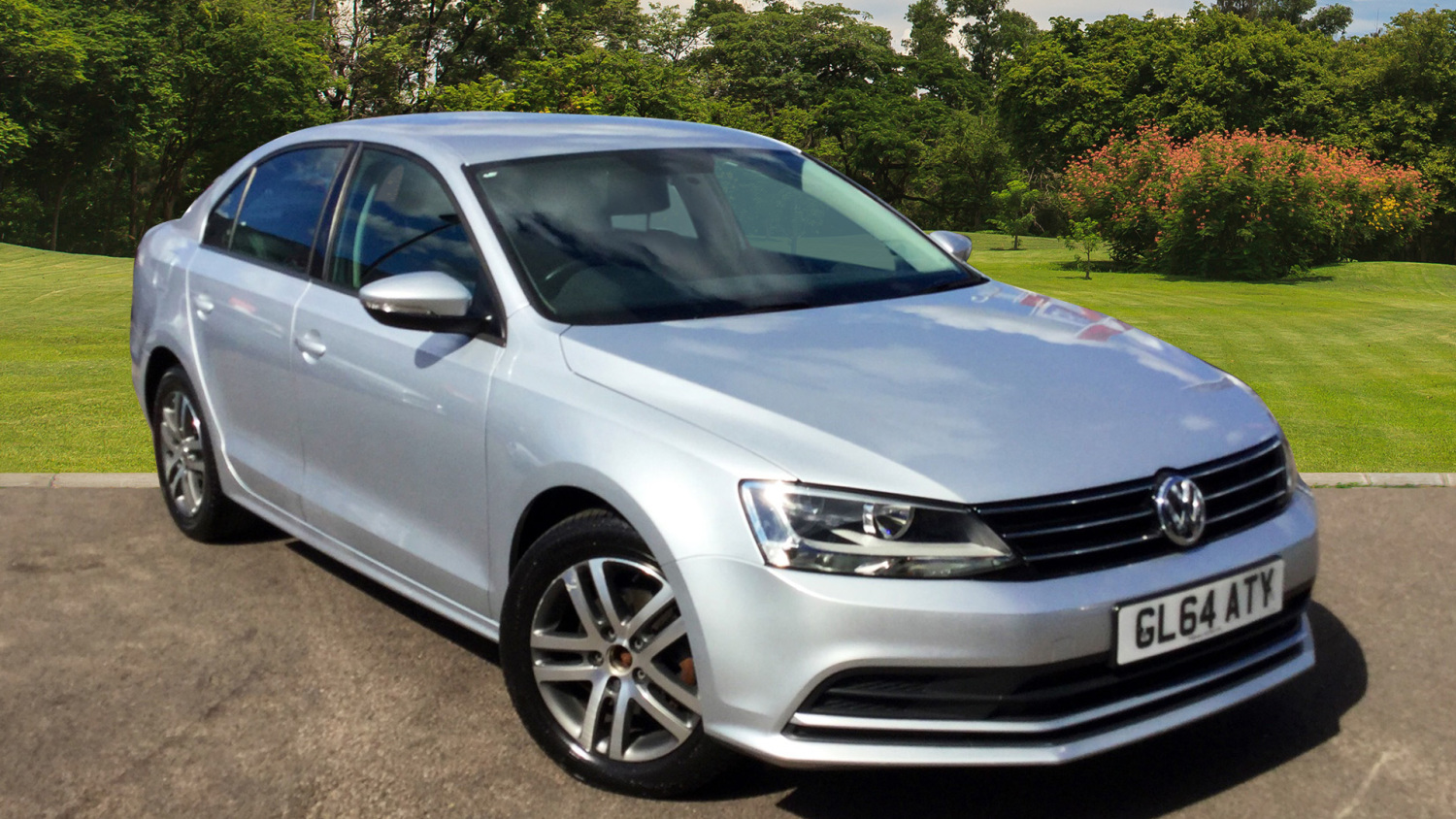 used volkswagen jetta 2 0 tdi se 4dr dsg diesel saloon for sale bristol street motors. Black Bedroom Furniture Sets. Home Design Ideas