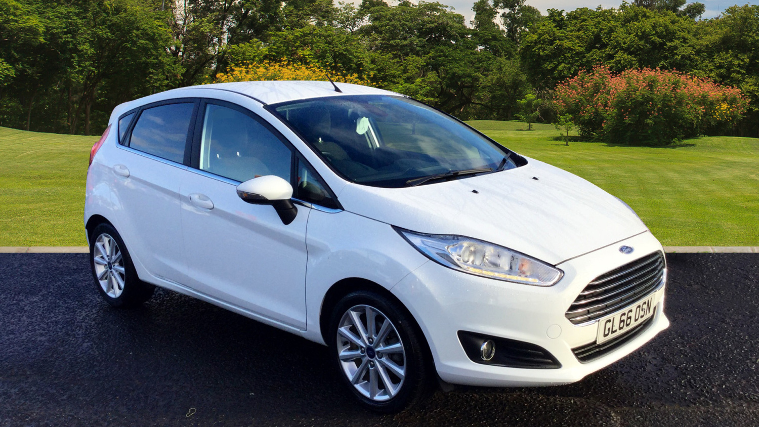 used ford fiesta 1 0 ecoboost titanium 5dr petrol. Black Bedroom Furniture Sets. Home Design Ideas