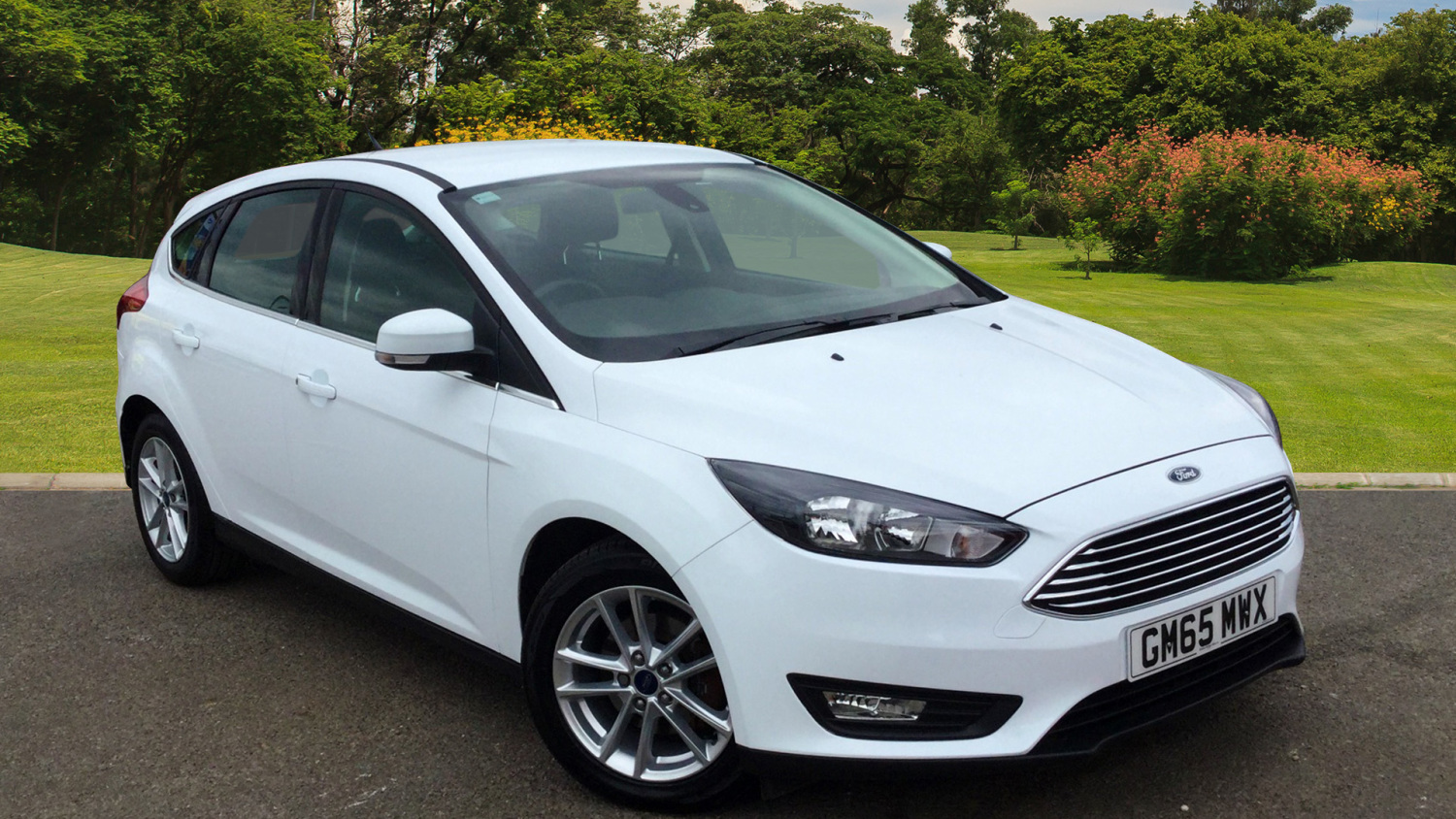 Used Ford Focus 1 5 Tdci 120 Zetec 5dr Diesel Hatchback