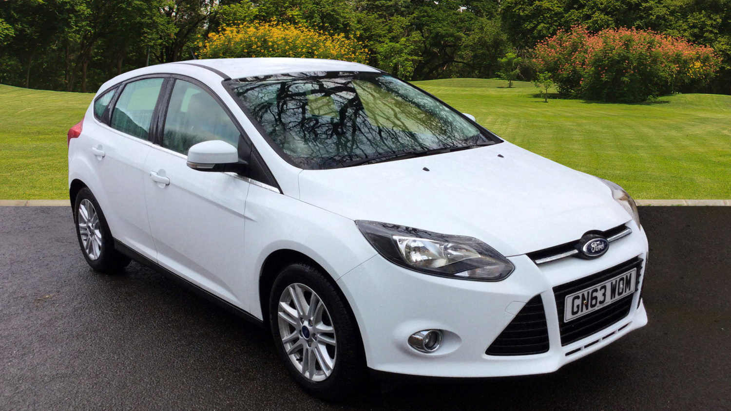 used ford focus 1 6 125 titanium 5dr petrol hatchback for sale bristol street motors. Black Bedroom Furniture Sets. Home Design Ideas