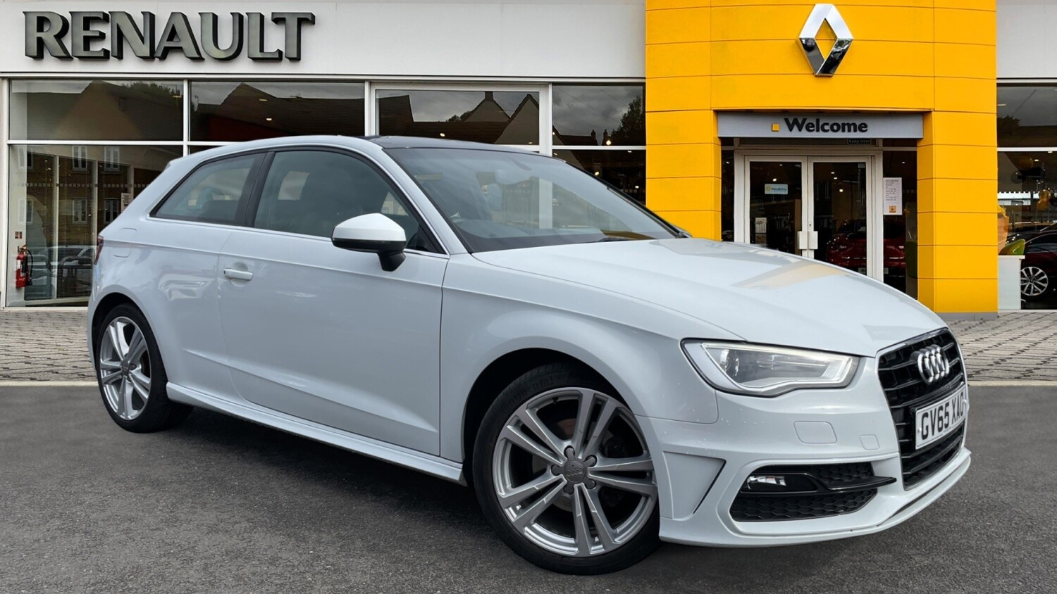 used audi a3 1 4 tfsi 150 s line 3dr nav petrol hatchback for sale bristol street motors. Black Bedroom Furniture Sets. Home Design Ideas