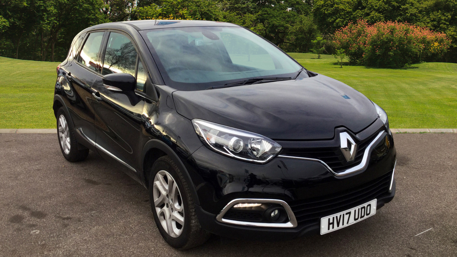 used renault captur 0 9 tce 90 dynamique nav 5dr petrol hatchback for sale bristol street motors. Black Bedroom Furniture Sets. Home Design Ideas