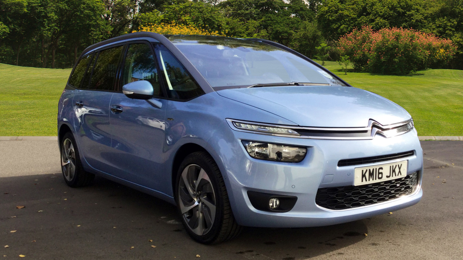 used citroen grand c4 picasso 2 0 bluehdi exclusive 5dr. Black Bedroom Furniture Sets. Home Design Ideas
