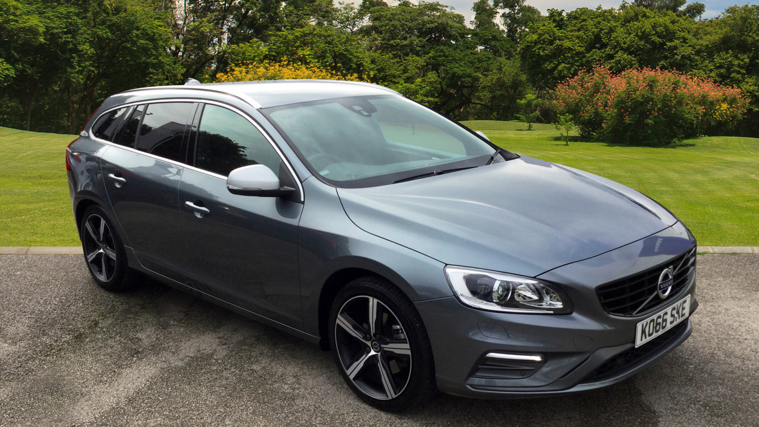 used volvo v60 d3 150 r design lux nav 5dr geartronic lthr diesel estate for sale bristol. Black Bedroom Furniture Sets. Home Design Ideas
