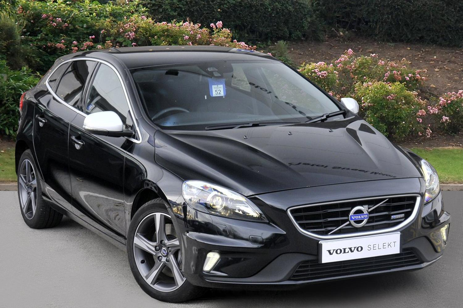 used volvo v40 d3 r design lux nav 5dr diesel hatchback. Black Bedroom Furniture Sets. Home Design Ideas