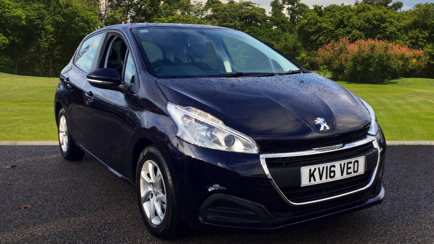 used peugeot 208 1 6 bluehdi active 5dr diesel hatchback. Black Bedroom Furniture Sets. Home Design Ideas
