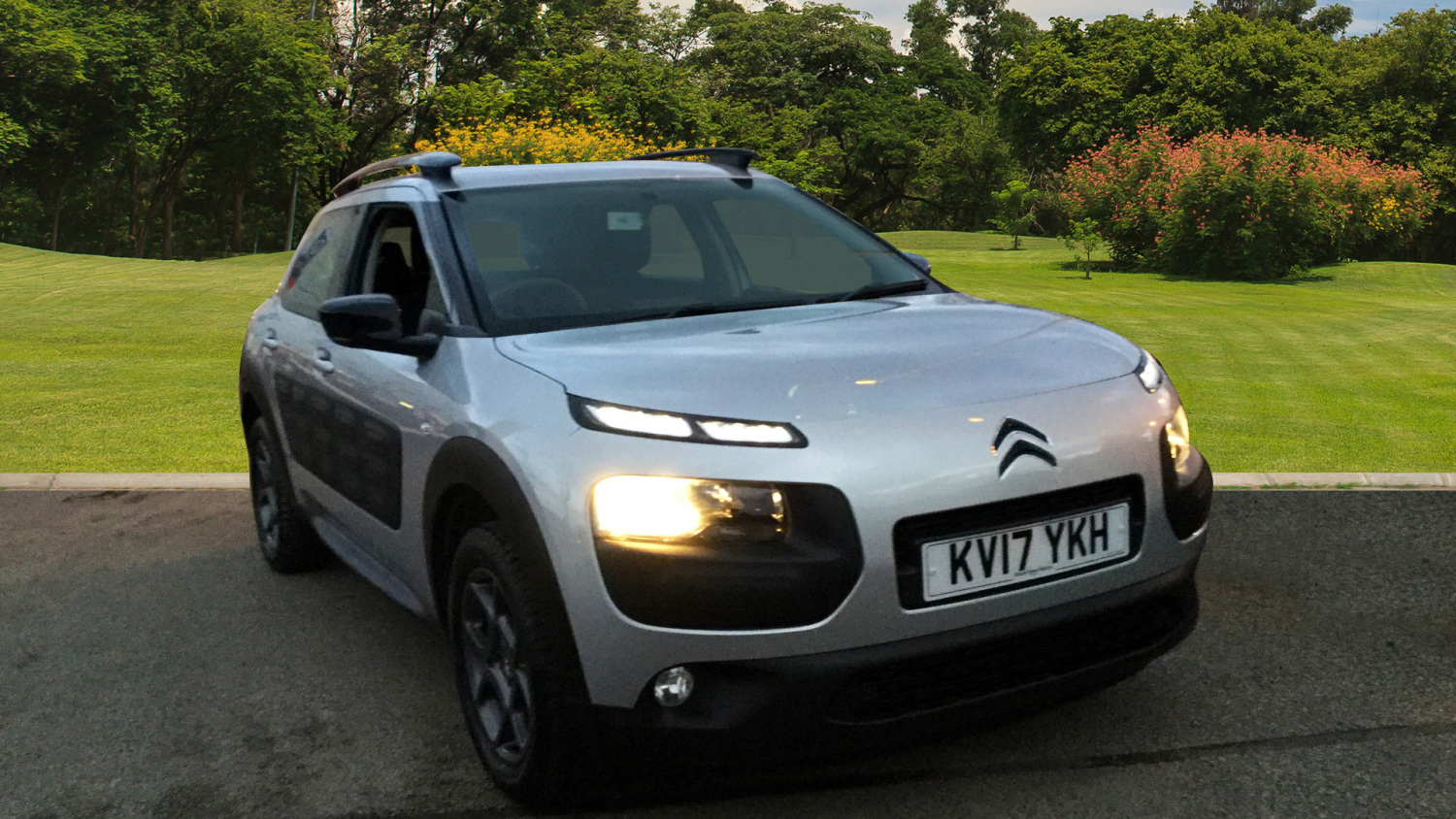 used citroen c4 cactus 1 2 puretech 110 feel 5dr petrol. Black Bedroom Furniture Sets. Home Design Ideas