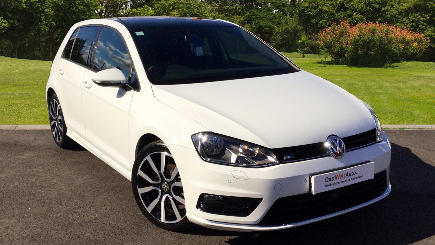 used volkswagen golf 2 0 tdi r line edition 5dr dsg diesel hatchback for sale bristol street. Black Bedroom Furniture Sets. Home Design Ideas