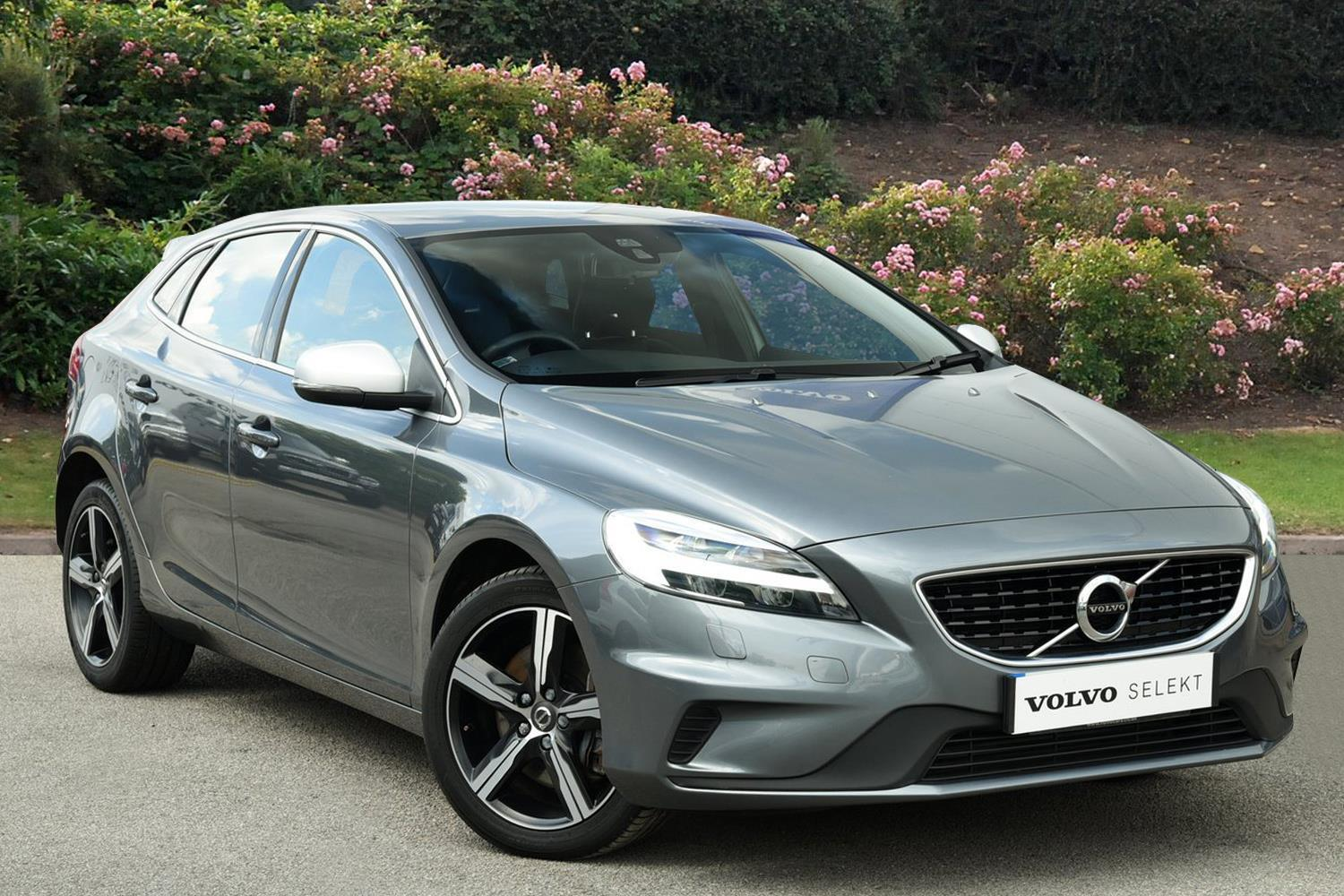 used volvo v40 d3 4 cyl 150 r design nav plus 5dr diesel hatchback for sale bristol street. Black Bedroom Furniture Sets. Home Design Ideas