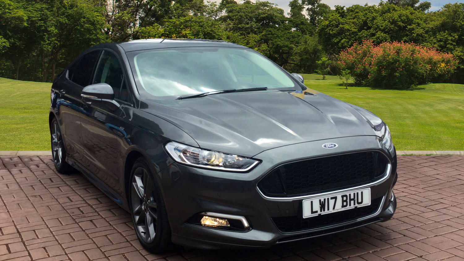 used ford mondeo 2 0 tdci 180 st line edition 5dr diesel hatchback for sale bristol street motors. Black Bedroom Furniture Sets. Home Design Ideas