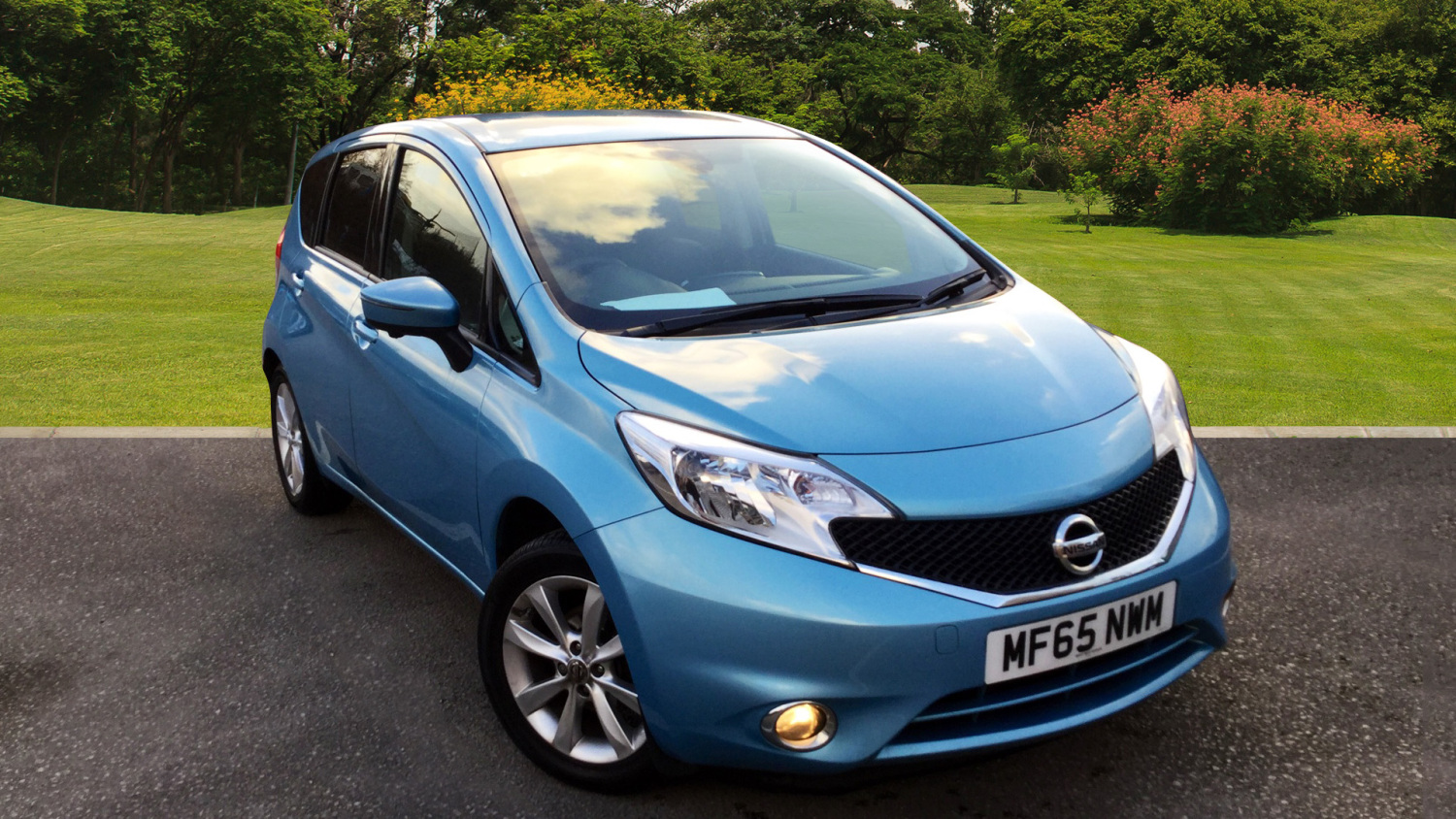 used nissan note 1 2 dig s tekna 5dr auto petrol hatchback for sale bristol street motors. Black Bedroom Furniture Sets. Home Design Ideas