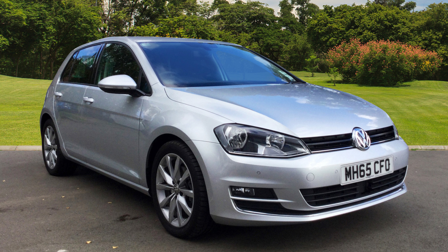 used volkswagen golf 1 6 tdi 110 gt 5dr diesel hatchback for sale bristol street motors. Black Bedroom Furniture Sets. Home Design Ideas
