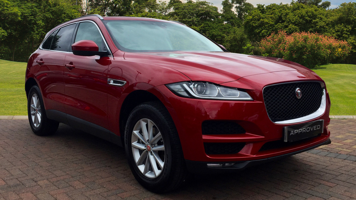 used jaguar f pace 2 0d prestige 5dr auto awd diesel estate for sale bristol street motors. Black Bedroom Furniture Sets. Home Design Ideas