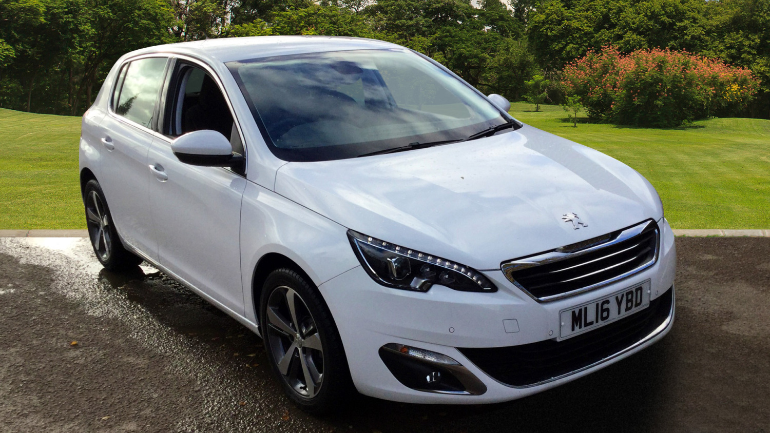 used peugeot 308 1 2 puretech 130 allure 5dr petrol hatchback for sale bristol street motors. Black Bedroom Furniture Sets. Home Design Ideas