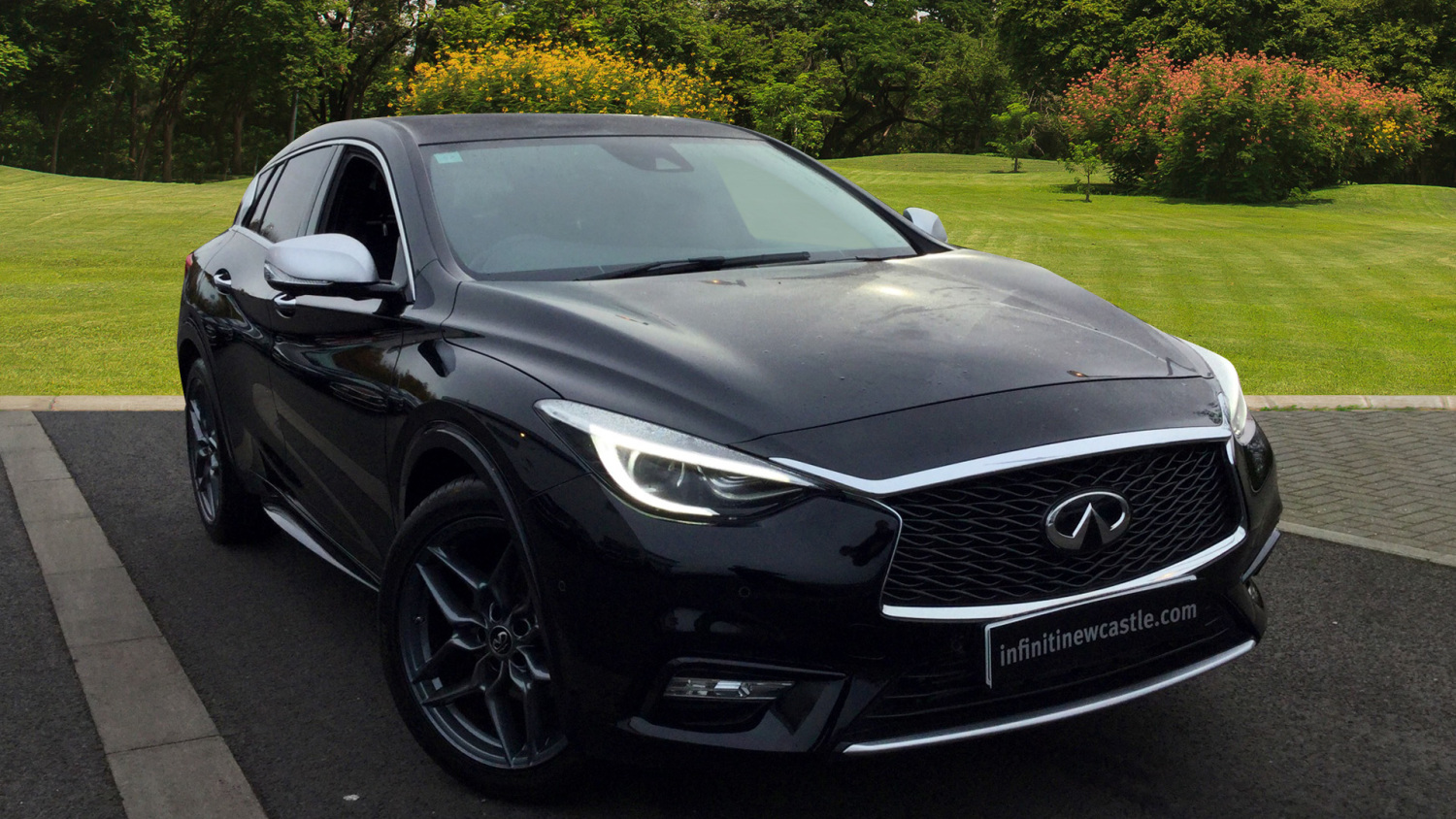 used infiniti q30 1 5d premium 5dr dct diesel hatchback. Black Bedroom Furniture Sets. Home Design Ideas